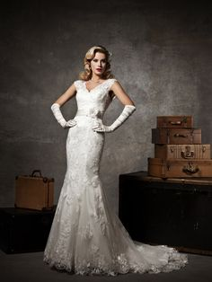Floral Ivory Lace Cap Sleeve V-neck Mermaid Wedding Dress--in love with this back
