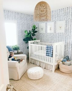 Federtapete Serena u. Lilie Federtapete Serena und Lilie Source by masdelavida The post Federtapete Serena u. Lilie appeared first on My Art My Home. Baby Room Design, Nursery Design, Baby Room Decor, Nursery Room, Chic Nursery, Boy Nursery Art, Blue Nursery Girl, Nursery Layout, Boy Nursery Bedding