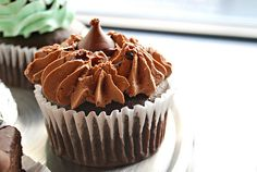 What's Cookin, Chicago?: Hershey's Double Chocolate Cupcakes