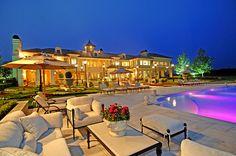 Luxury Mansion : Estate in Hidden Valley, Southern California