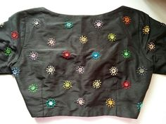 Beautiful all over mirror work and lazy daisy stitch step by step tutorial in telugu Saree Blouse Neck Designs, Simple Blouse Designs, Stylish Blouse Design, Mirror Work Saree Blouse, Mirror Work Blouse Design, Maggam Work Designs, Hand Embroidery Dress, Designer Blouse Patterns, Kutch Work