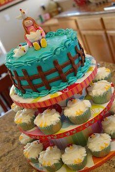 Barnyard Birthday Bash Brainstorm - My Insanity Chicken Cupcakes, Chicken Cake, Cake Icing, Eat Cake, Cupcake Cakes, Fondant Cakes, Farm Birthday, Birthday Bash, Birthday Ideas