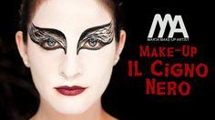 Ecco un'idea trucco per la sera di Halloween ispirata alla danza e al film Il Cigno Nero! Per l'acconciatura vi consiglio di seguire i suggerimenti di Jasmin...