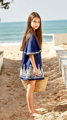 Cute dresses for teens fashion magazines for tweens dresses for teenagers 2 Girls Christmas Outfits, Kids Outfits Girls, Girl Outfits, Cute Dresses For Teens, Cute Girl Dresses, Moda Junior, Tween Fashion, Fashion Fashion, Fashion 2018