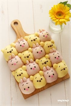 ちぎりパン Japanese Bread, Japanese Sweets, Pretty Cakes, Cute Cakes, Hawaii Cake, Cute Baking, Food Art For Kids, Bread Shaping, Bread Art
