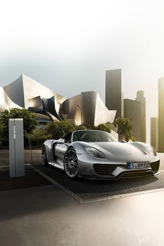 Sublime Porsche 918 Spyder! Click on the pic and you can win an amazing #supercar driving experience!