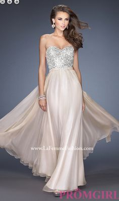 Shop prom dresses and long gowns for prom at Simply Dresses. Floor-length evening dresses, prom gowns, short prom dresses, and long formal dresses for prom. Short Semi Formal Dresses, Formal Gowns, Strapless Dress Formal, Fancy Gowns, Bridesmaid Dresses, Prom Dresses, Dress Prom, Dress Long, Long Dresses