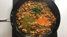 Jalapeno sauce, chilli sauce and chillies added to chicken Jalapeno Sauce, Beef, Cheese, Chicken, Food, Meat, Essen, Meals, Yemek