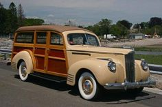 1941 Packard 110 Deluxe Woody Station Wagon-