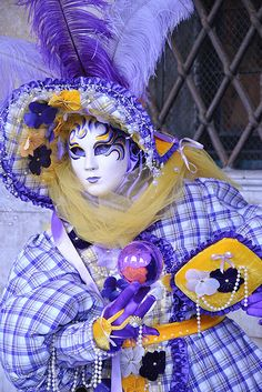 The Carnival of Venice is an annual fabulous mask festival, held in Venice, Italy. Venice Carnival Costumes, Venetian Carnival Masks, Carnival Of Venice, Venetian Masquerade, Masquerade Masks, Mardi Gras, Italian Masks, Pictures Of Venice, Mascarade Mask