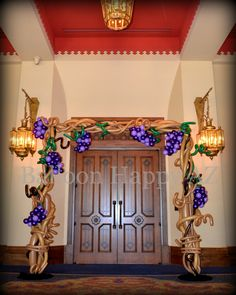 Wine Tasting Party, Wine Parties, Balloon Gate, Balloon Decorations, Wedding Decorations, Ballon Arrangement, Giant Tree, Wine Decor, Ceremony Backdrop