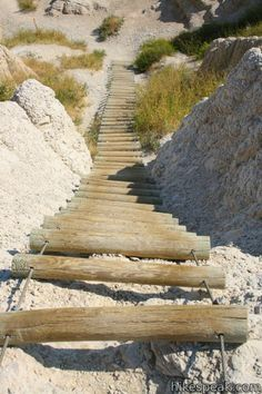 Notch Trail: description, photos, GPS map, and directions for this hike and path into the badlands in Badlands National Park in South Dakota Badlands National Park, National Parks, Places To Travel, Places To Visit, Into The Badlands, Family Adventure, Hiking Trails, Paths, South Dakota
