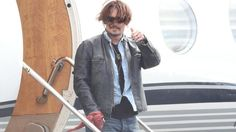Johnny Depp back in Queensland to resume Pirates 5 filming | CourierMail