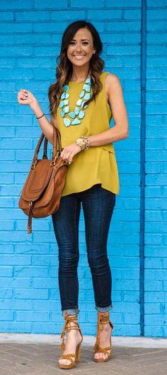 35 ideas de outfits para combinar una blusa amarilla | Belleza