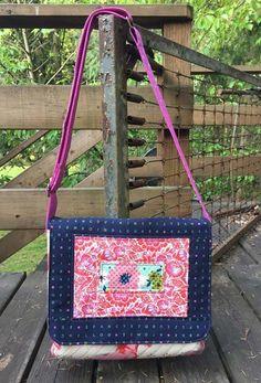 Clover & Violet — The Mae Messenger Bag {Pattern Release}