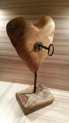 Woodworking Joinery How To Use .Woodworking Joinery How To Use Wooden Art, Wooden Crafts, Woodworking Projects Diy, Wood Projects, Rockler Woodworking, Art Sculpture En Bois, Wood Carving Art, Driftwood Crafts, Wood Creations
