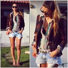 Shorts e camisa