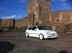Clio Williams, Ford Rs, Modified Cars, Ford Focus, Old Skool, Amazing Cars, Cars And Motorcycles, Automobile, Mini