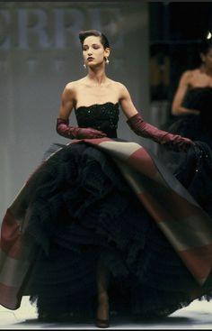 RosamariaGFrangini | FashionVintageGlam | 1988 Gianfranco Ferre Haute Couture jαɢlαdy
