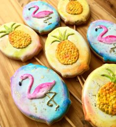Flamingos e Abacaxis by The Cookie Shop