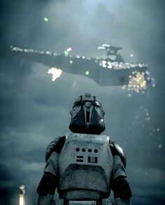 Trooper watching a Star Destroyer go down - Star Wars Clones - Ideas of Star Wars Clones - Trooper watching a Star Destroyer go down Star Wars Clone Wars, Rpg Star Wars, Nave Star Wars, Star Wars Meme, Star Wars Fan Art, Star Wars Ships, Star Wars Clones, Star Trek, Star Destroyer