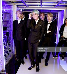 Find images and videos about bts, jungkook and v on We Heart It - the app to get lost in what you love. Seokjin, Kim Namjoon, Kim Taehyung, Jung Hoseok, Suga Rap, Bts Bangtan Boy, Jimin Jungkook, K Pop, Beatles