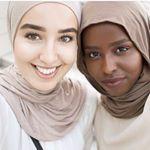 "7,507 Likes, 36 Comments - chic hijab ﷽ (@chichijab) on Instagram: ""Crew love ❤️ @nawalsari #chichijab"""