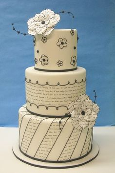 I LOVE this cake! It would be perfect for a wedding with their own vows written on it!