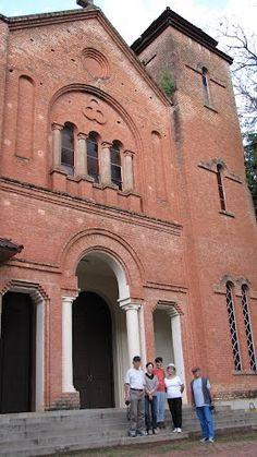 Primeira Igreja Católica construída pelos imigrantes japoneses no Brasil ano 1935