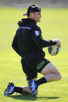 Cooper Cronk Photos Photos - Cooper Cronk of the Storm stetches during a Melbourne Storm NRL training session at AAMI Park on September 2016 in Melbourne, Australia. Hot Rugby Players, Rugby Shorts, Australian Football, Rugby Men, Beefy Men, Rugby League, September 28, Sports Training, Sport Motivation