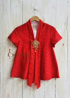 Ideas Boots Outfit Red Fashion For 2019 Kebaya Lace, Kebaya Brokat, Kebaya Dress, Batik Kebaya, Batik Fashion, Red Fashion, Ethnic Fashion, Hijab Fashion, Fashion Boots
