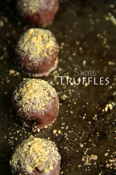 S'mores Truffles -- all the goodness of s'mores in a melt-in-your-mouth bite-sized dessert! || runningwithspoons.com
