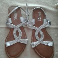 Sandals Beautiful  crystal  stone bouge Shoes Sandals