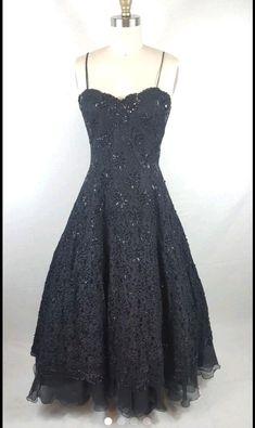 #vintage  party dresses black long  | eBay #1950s style  #holidays #newyears Old School Fashion, Party Dresses, Formal Dresses, 1950s Style, Vintage Party, Prom Party, Holidays, Ebay, Black