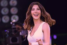 Nancy Ajram her hair style & her smile ❤