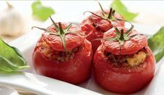This quinoa stuffed tomato recipe offers a simple way to make the tomato the star of your meal while incorporating the healthful benefits of quinoa, a grain packed with protein and fiber making this dish a complete meal for lunch or dinner. Vegetable Recipes, Vegetarian Recipes, Healthy Recipes, Baby Food Recipes, Cooking Recipes, Quinoa Benefits, Vegetable Side Dishes, Food To Make, Foodies