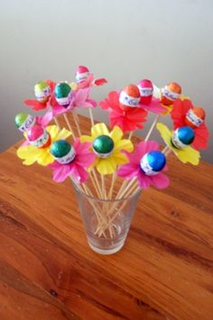 Easy easter treat idea jelly bean candy pouches free printable easter egg flowers so easy to make and a gorgeous teachers gift or table centre piece or primary craft negle Image collections