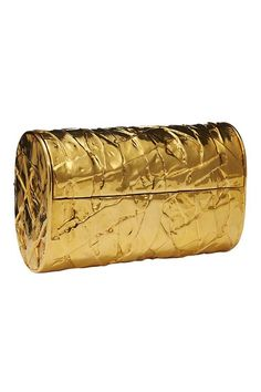 Textured gold clutch for the bride #wedding #bridalaccessories #gold #goldwedding #formal