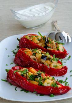 Sebzeli Kırmızı Biber Dolması | Sibel Yalçın