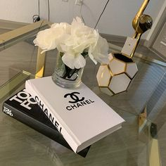 Decorative books only (vase with flowers are not included)! Retro Home Decor, Cheap Home Decor, Fake Books Decor, Chanel Book Decor, Chanel Room, Living Room Decor, Bedroom Decor, Handmade Books, Handmade Notebook