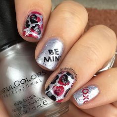 Valentine's Nail Art ❤️ @sinfulcolors_official Casablanca topped with Silver Belle ❤️ @bundlemonster plates BM-421 and BM-425 ❤️ @konad_art red and black stamping polishes ❤️ @glistenandglow1 HK Girl quick-dry top coat. ❤️❤️❤