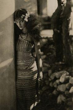 Myrna Loy 1926