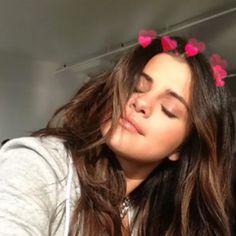 selena gomez, icon, and selena image Selena Gomez Tumblr, Selena Gomez Fashion, Selena Gomez Fotos, Selena Gomez Linda, Selena Gomez Cute, Selena Gomez Pictures, Selena Gomez Style, Selena Gomez Selfies, Alex Russo
