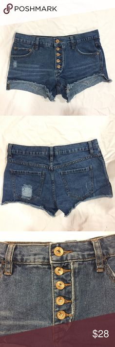 "Free People runaway slouch cutoffs Medium wash blue cutoff shorts. Has minimal distressing on the front and back, has has frayed bottoms. Has 5 buttons. Front length: 9 1/2"", back length: 12"", inseam: 3"", rise: 8 1/2"", waist: 16"" across. In great condition. Feel free to make me a reasonable offer  Free People Shorts Jean Shorts"