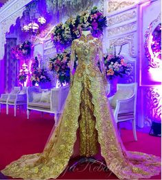 wedding dress kebaya modern gold color 2016 Kebaya Pink, Traditional Dresses, Fashion Ideas, Wedding Dresses, Modern, Gold, Decor, Bride Dresses, Trendy Tree