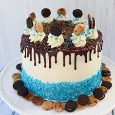 Cookie Monster would absolutely FLIP over this cake! Blue velvet cake layers filled with cookies and cream chocolate chips, layers of chocolate frosting mixed with crushed Chips Ahoy and Oreos, covered in a vanilla frosting, blue sprinkles, MORE cookies and a layer of chocolate ganache. #foodie #foodpics #cookiemonster #sesamestreet #cake #dessert #instafood #instadessert #baking #hershey #fancysprinkles #sprinkles #feedfeed #splendideats #myallrecipes #oreo #chipsahoy #nabsico #dripcake…