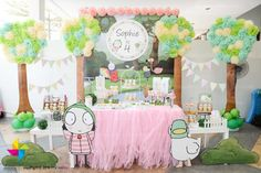 Lovin' this beautiful Sarah and Duck themed party backdrop and candy buffet that we designed for Sophie's birthday! Girls Birthday Party Themes, 4th Birthday Parties, Birthday Celebration, Birthday Ideas, Winter Birthday, Fourth Birthday, Baby Birthday, Sarah Duck, Daisy Party