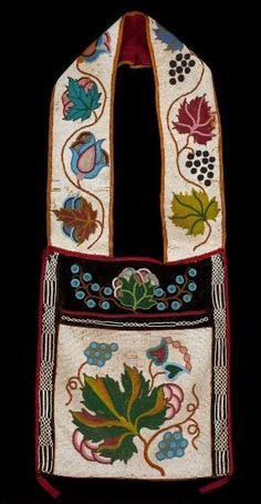 Chippewa Beaded Bandolier Pouch : Lot 683