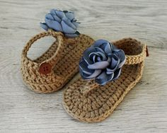 Baby Shoes ZOE Gray Brown Baby Girl Sandals Crochet Baby by atelierbagatela Booties Crochet, Crochet Baby Sandals, Crochet Shoes, Crochet Slippers, Crochet Bebe, Baby Girl Crochet, Love Crochet, Crochet For Kids, Baby Girl Sandals