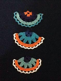 I like the idea of a single la Thread Crochet, Crochet Motif, Crochet Flowers, Crochet Stitches, Knit Crochet, Rainbow Crochet, Crochet Ornaments, Crochet Accessories, Crochet Projects